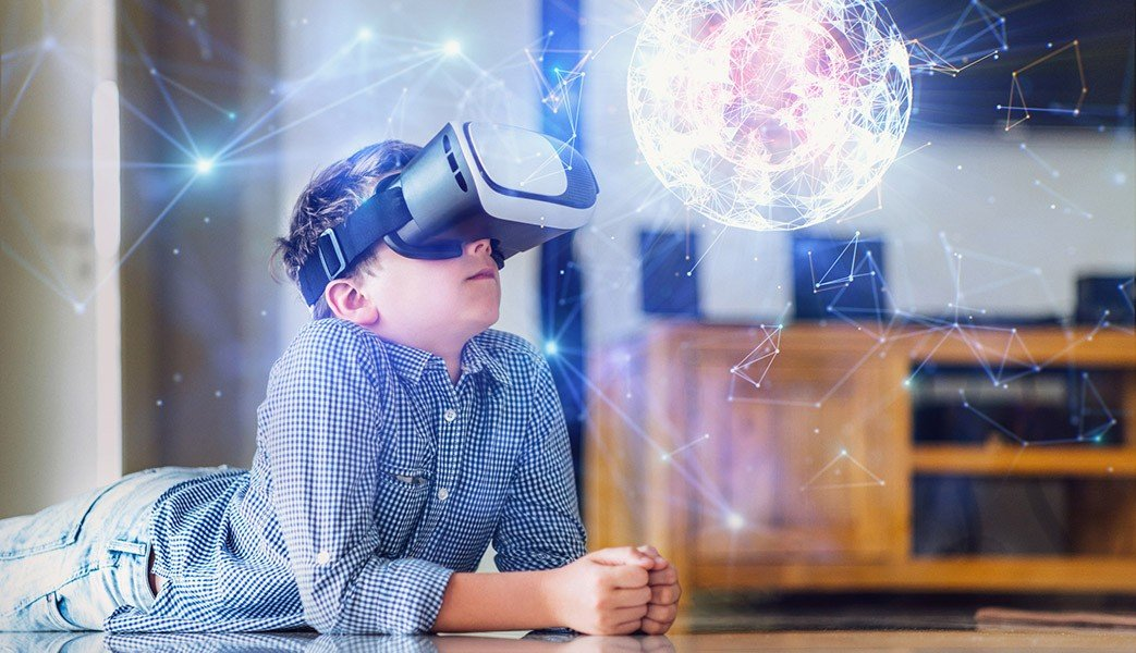 Four Myths of Augmented and Virtual Reality Debunked 25