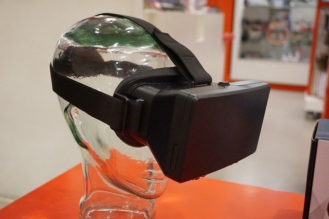 Combined AR/VR Headset Market To Be Worth $35 Billion By 2024 23